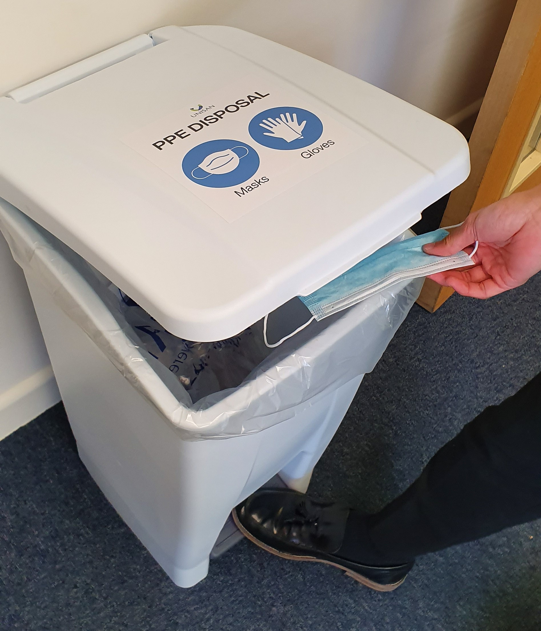 mobile foot pedal operated bin for designated ppe disposal of face masks and gloves (15)